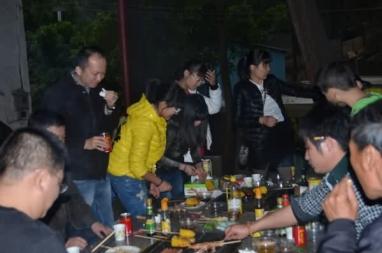 烧烤聚会05